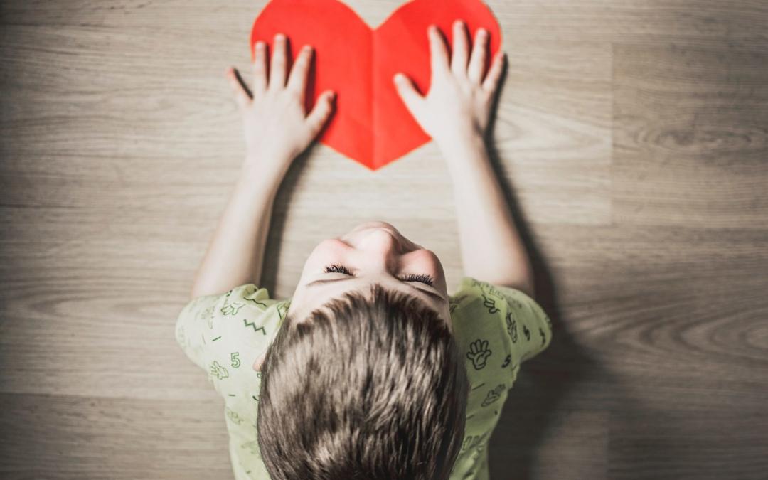5 Ideen, um Dein Kind in schwierigen Zeiten besser zu unterstützen